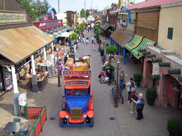 Attractiepark Slagharen Mainstreet Foto 2