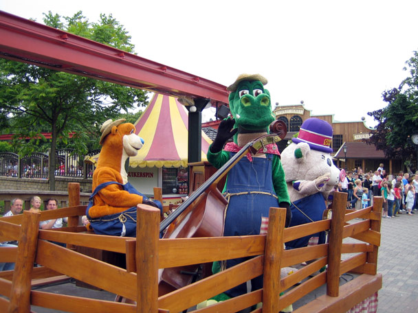 Attractiepark Slagharen Main Street Parade Foto 7