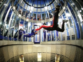 logo Indoor Skydive Roosendaal